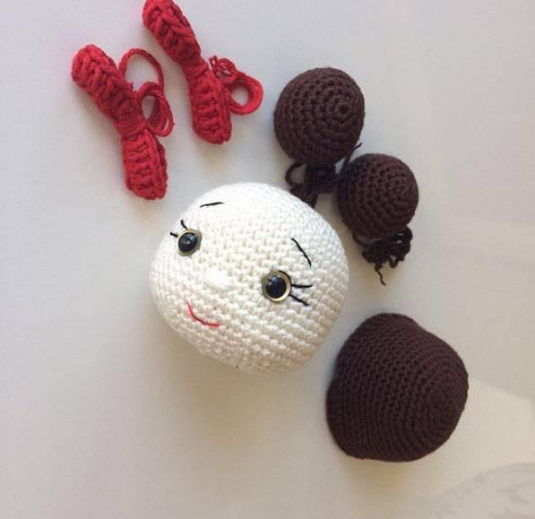 Amigurumi Bebek AYAK YAPIMI - amigurumi doll legs - YouTube | 579x597